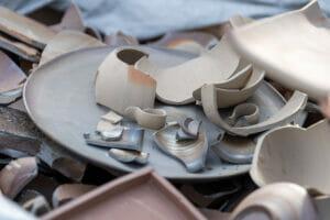 備前焼陶片の回収作業を行いました。